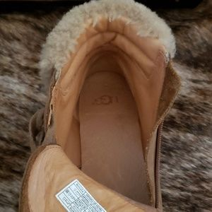 UGG Shoes - UGG Suede Boots!